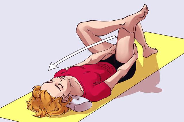 8 упражнений, которые спасут от застоя лимфы при сидячем образе жизни